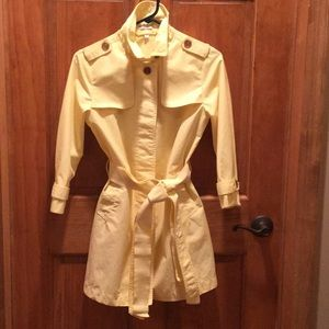 Cute Gap yellow coat size XS